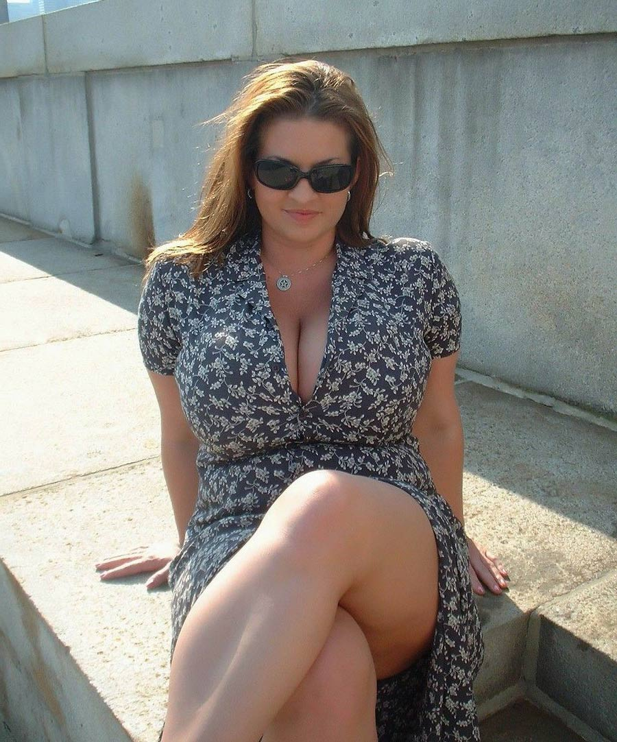 Ronde sexy en robe