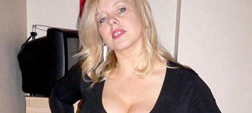 Blonde et ronde chaude du 69