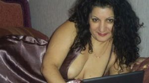 plan sexe avec ronde brunette