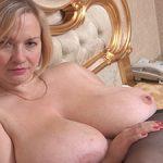 Maelyne : femme mature ronde facile